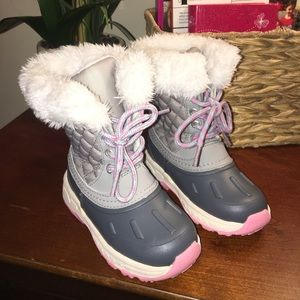 NWOT Carter's Toddler Girl Snow/Winter Boots